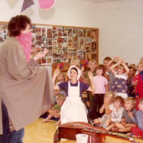 ECDP's  Dig with Paul Haseler & Christine Hoepper role-playing with pre-school children, 1978.