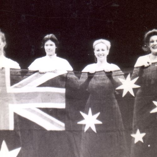 The Man from Mukinupin cast members L to R: Peter Darch, Helen Forsyth, Shirley Lambert, Narelle Hooper, Rosamund Vidgen, John Nugent.