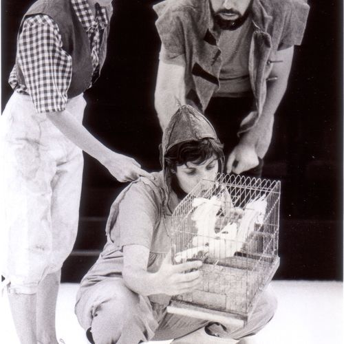 Amy's Aeroplane Adventure directed by Robert Kingham with Christine Hoepper, Brian Cavanagh and Delwyn Trigger, 1981 .