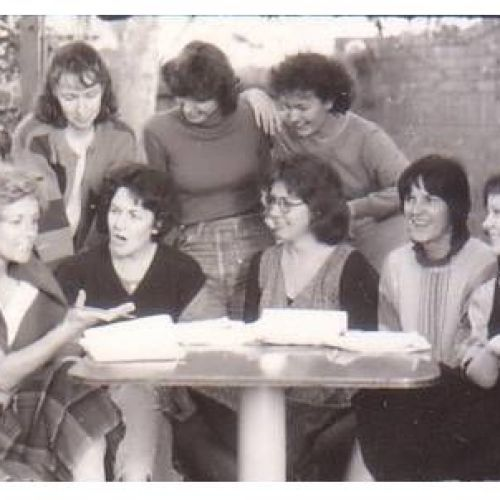Top Girls cast including sitting L to R: Jennifer Blocksidge, Martha Follent, director Mary Hickson , Patsy McCarthy, Rebecca Riggs. Standing L to R: Shauna Conlan, Andrea Close & Roberta Goble.